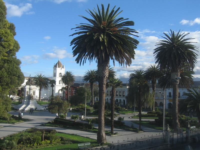 Latacunga Central Square