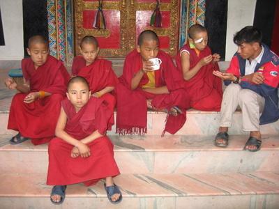Monks_in_kathmandu