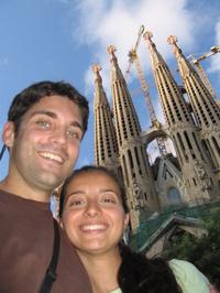 Us_and_sagrada_familia_cathedral