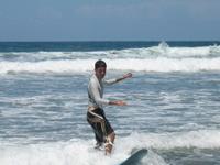 Joe_at_surfing_lesson_1