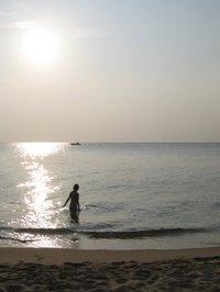 Long_beach_at_sunset